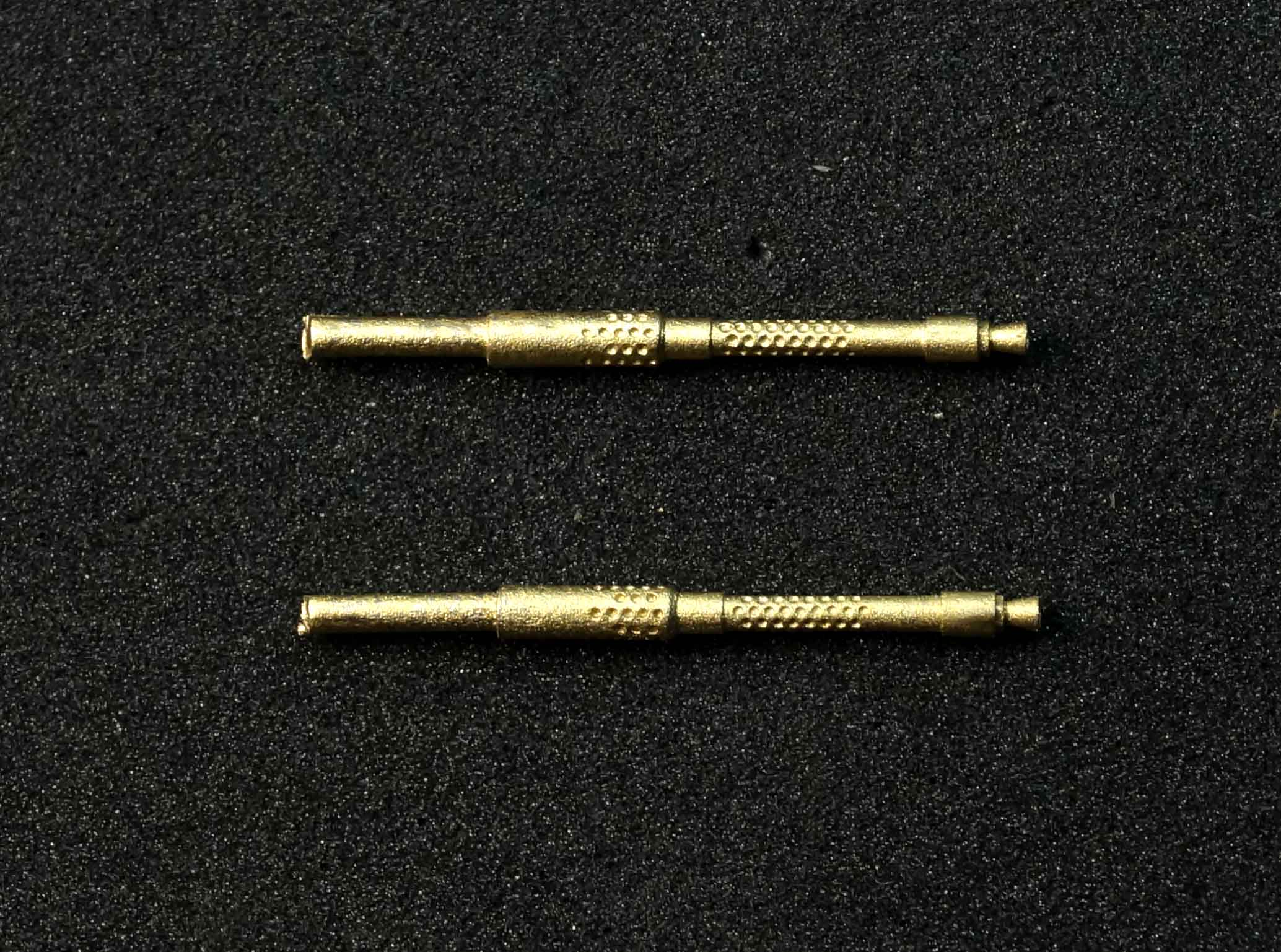 Miniworld 1/48 MG-131 German WWII machine gun barrel (2 pieces)